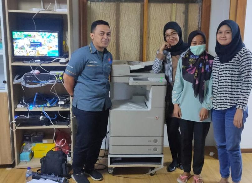 Pengiriman Penjualan Mesin Fotocopy Mesin Fotocopy Sewa Mesin Fotocopy Warna Milik Pt. Aver