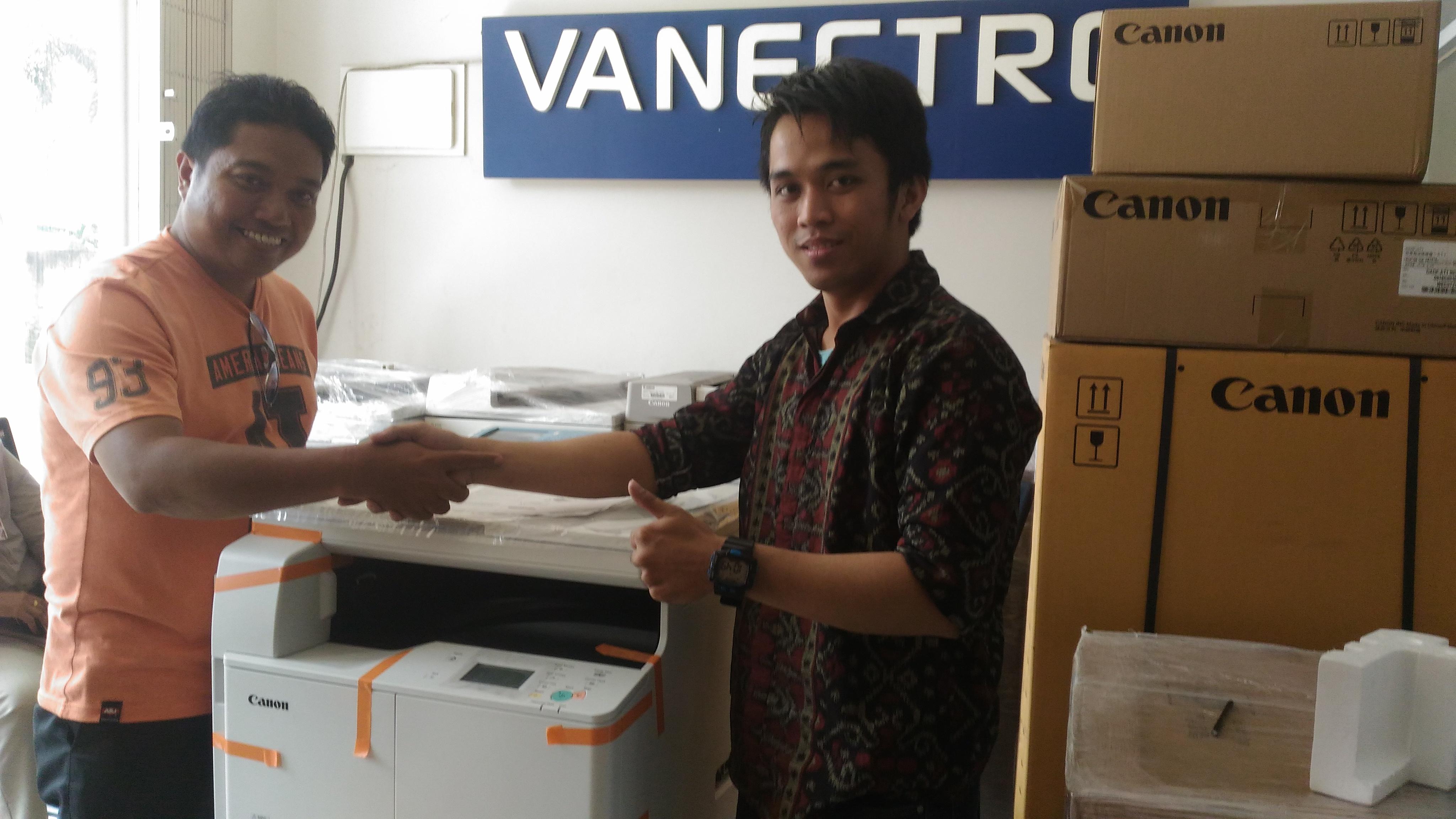 Pengiriman Penjualan Mesin Fotocopy Canon Ir 2004 Milik Bp. Akbar